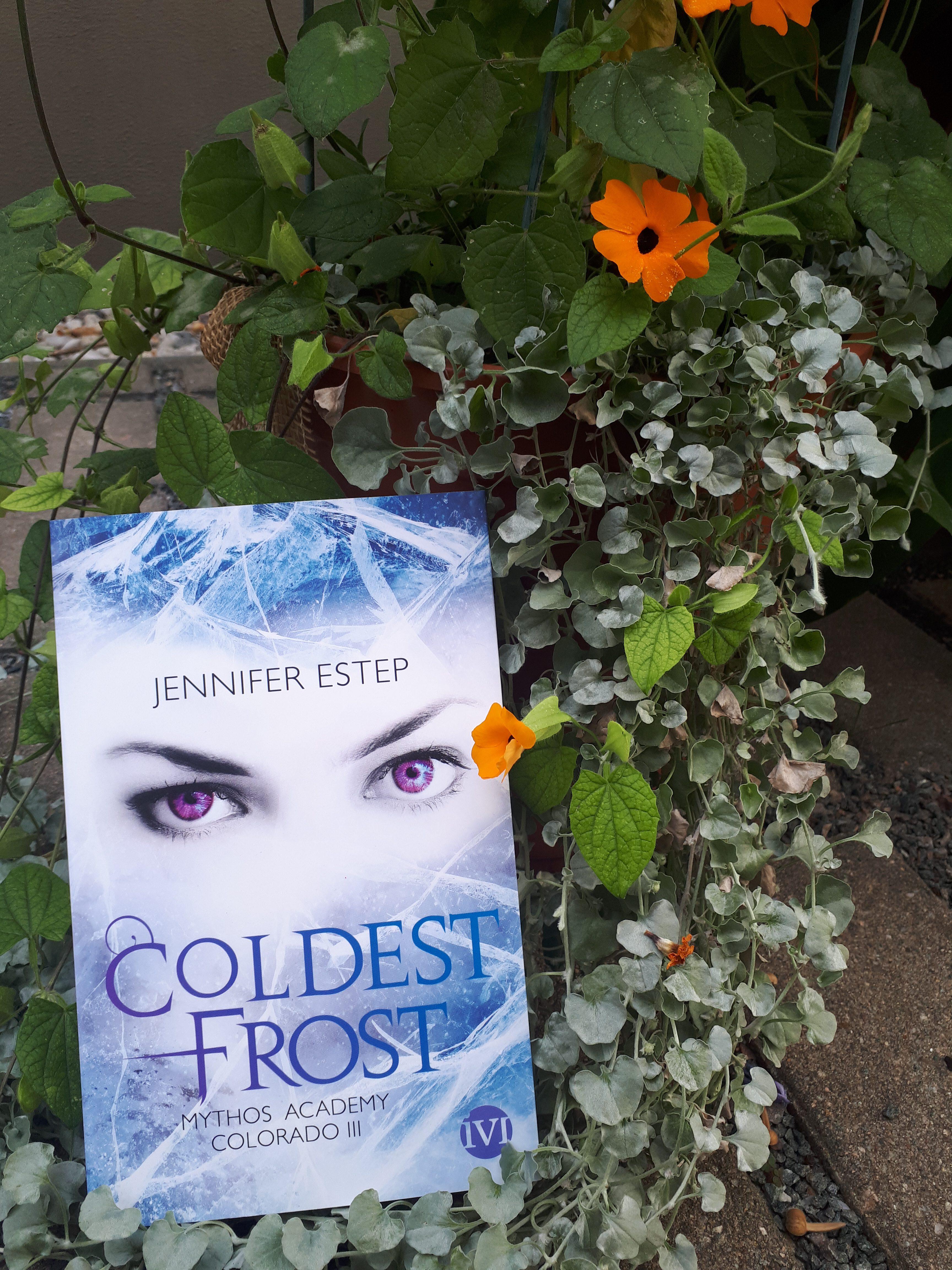 [Rezensionsexemplar] Mythos Acadmey Colorado III: Coldest Frost – Jennifer Estep