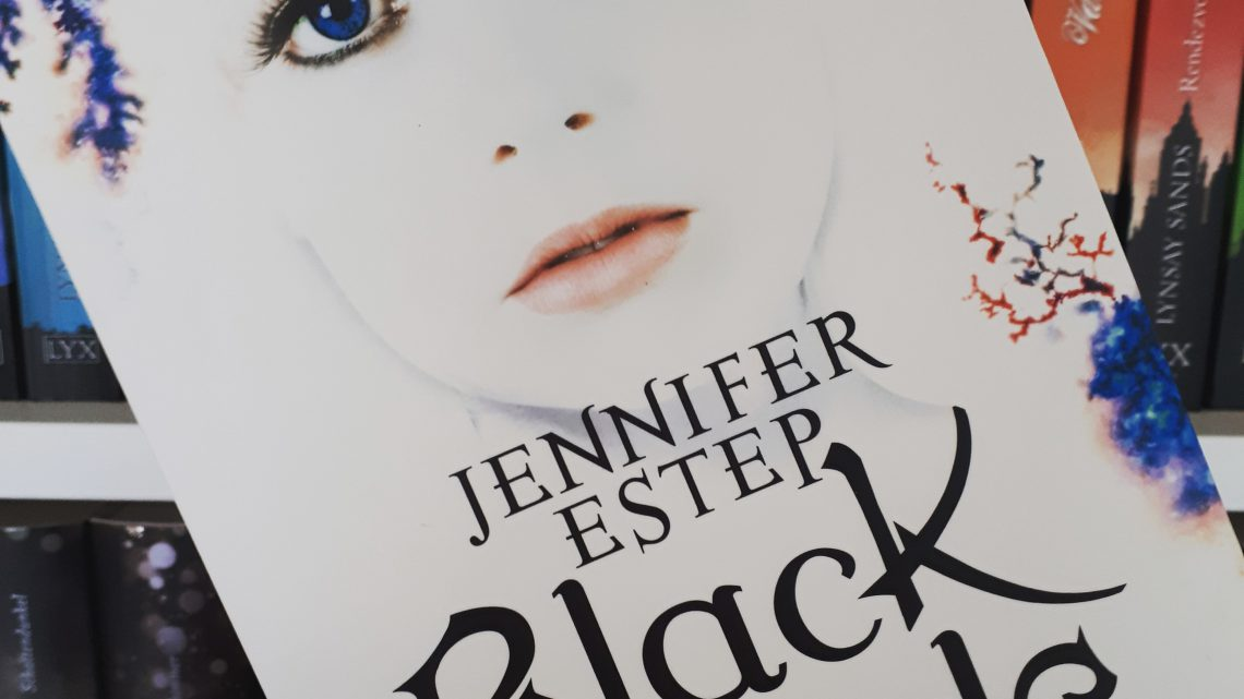 [Rezensionsexemplar] Black Blade: Die helle Flamme der Magie – Jennifer Estep