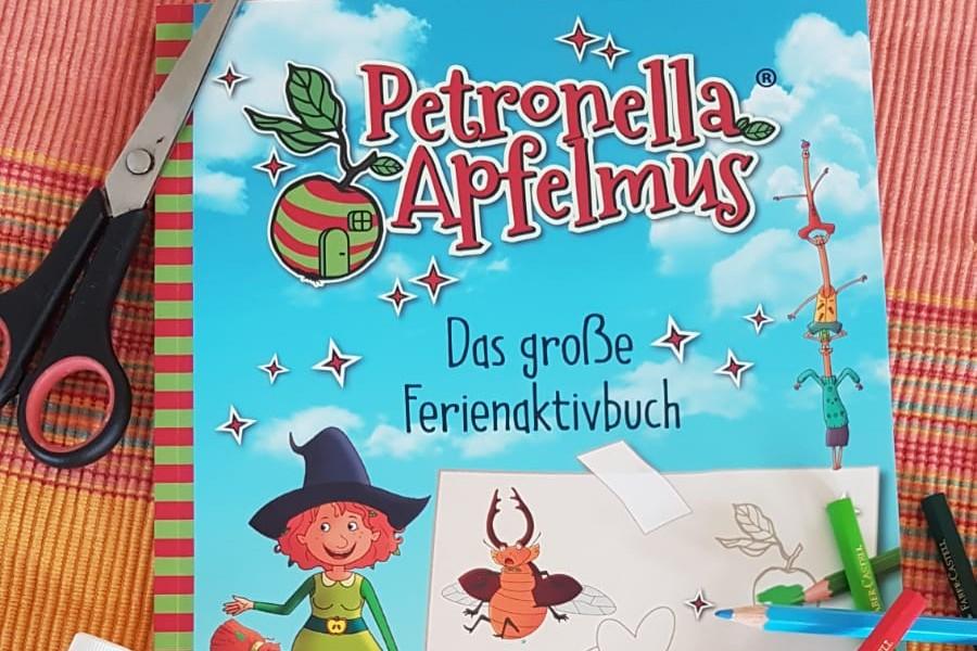 [Rezensionsexemplar] Petronella Apfelmus – Das große Ferienaktivbuch