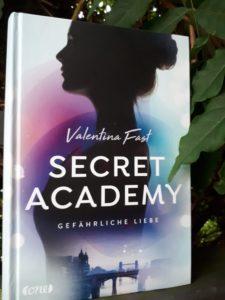 [Rezensionsexemplar] Secret Academy 2: Gefährliche Liebe - Valentina Fast